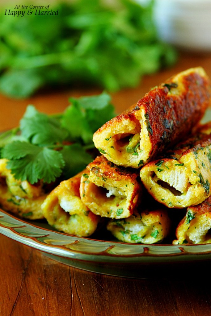 potato-masala-stuffed-savory-french-toast-rollups