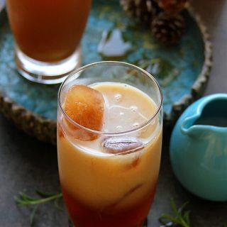 THAI ICED TEA WITH ALMOND MILK - HAPPY&HARRIED
