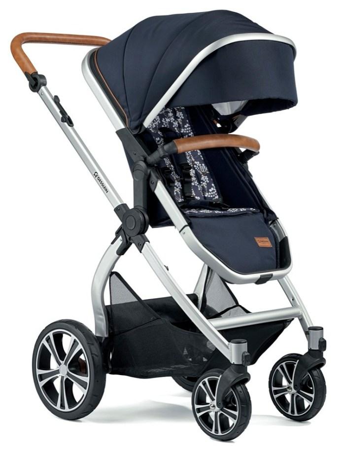 Das dunkle Blau wirkt mit dem cleanen Design des FX4 Life besonders elegant und modern.
