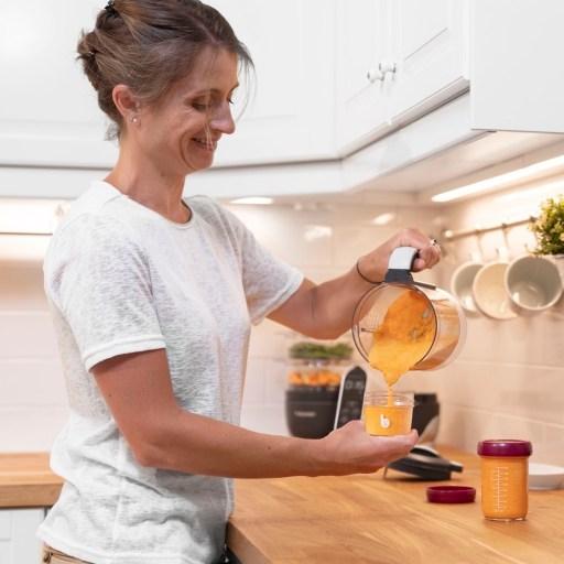 """Mit den """"Babybols"""" von Babymoov, auch in Glasausführung,  älässt sich Beikost auf Vorrat zubereiten und im Kühl- oder Gefrierschrank aufbewahren."""