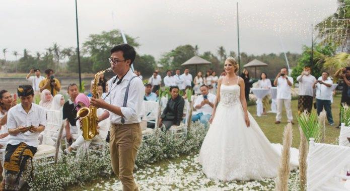 Bali Beach Mansion Wedding Venue - Wedding Ceremony in Tabanan