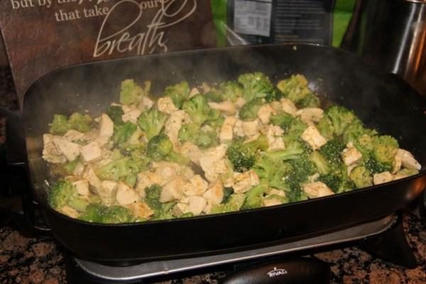 Quick And Easy Chicken Broccoli Alfredo - Happy Being Healthy-8517