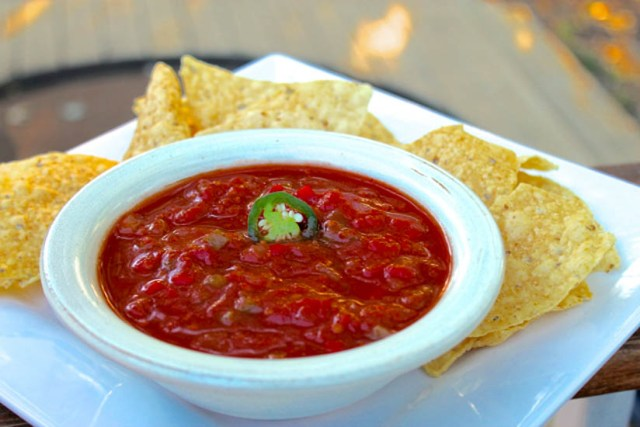 Spicy Tomato and Apple Salsa