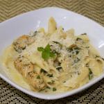 Pressure Cooker Artichoke & Spinach Pasta with Chicken