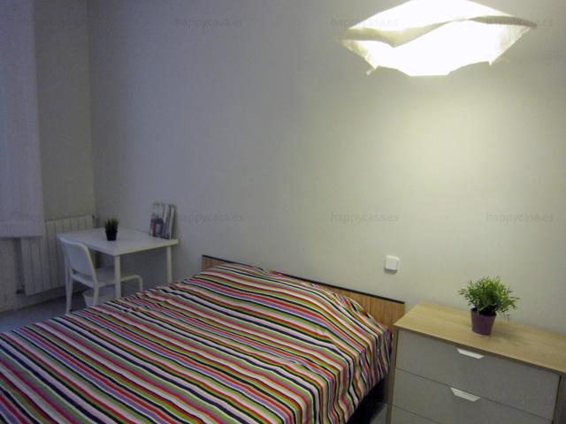 student flat Jaume metro barcelona