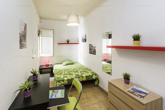 Habitación barata con internet Barcelona barrio Grácia