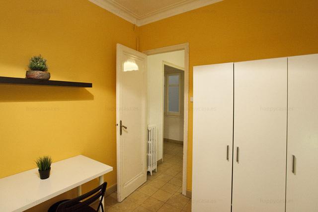 Ubicación excepcional piso grande habitación luminosa Barcelona