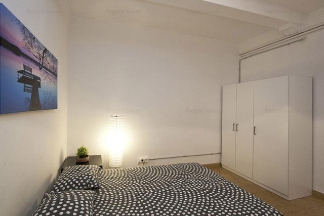 Habitación en alquiler Barcelona zona céntrica con internet ALT