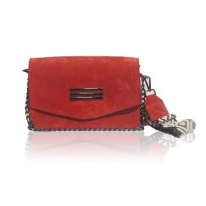 Δερμάτινη γυναικεία τσάντα ώμου κόκκινη κατασκευασμένη στην Ελλάδα.