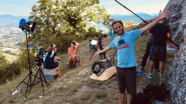 """Nans Thomassey et Amande, sur le tournage """"Et je choisis de vivre"""""""