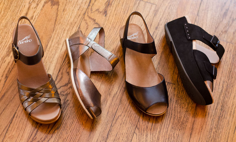 dansko-womens-sandals-brown-leather