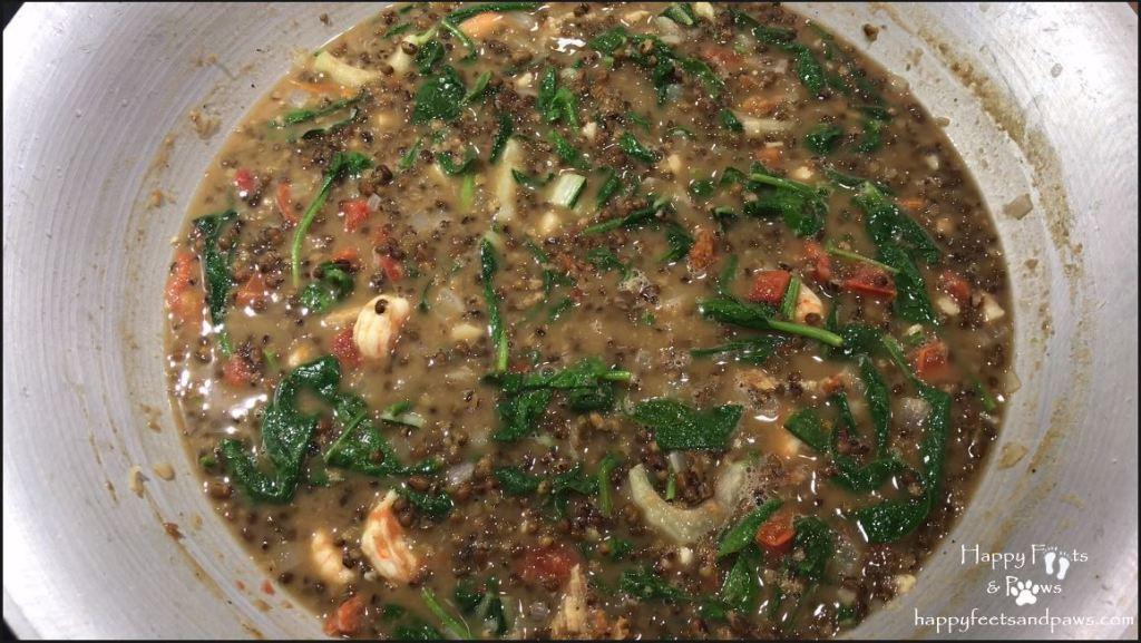 Ginisang Munggo being cooked in wok