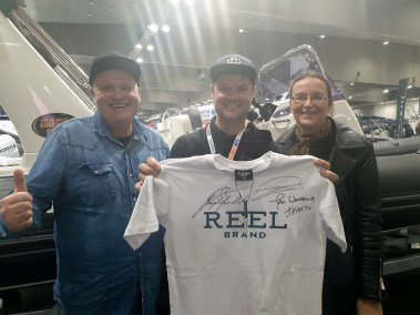 happy fisherman at boat show 2019 with Paul Worsteling