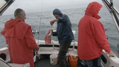 fishing-port-phillip-bay-happy-fisherman