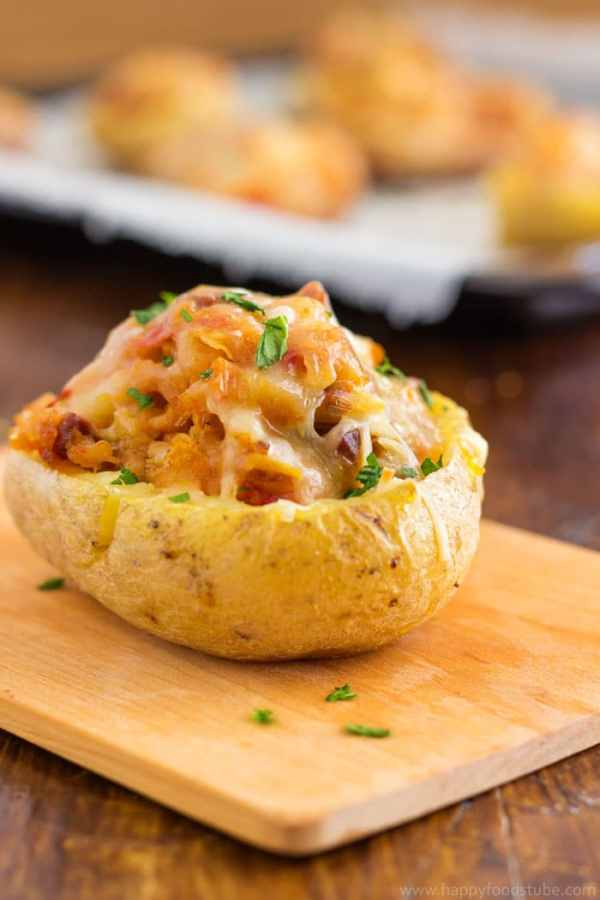 Twice baked potatoes with chorizo and cheddar. Super easy recipe full of flavors   happyfoodstube.com