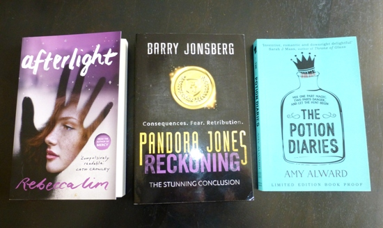 Mini Reviews #2 – Pandora Jones Reckoning, The Potion Diaries & Afterlight