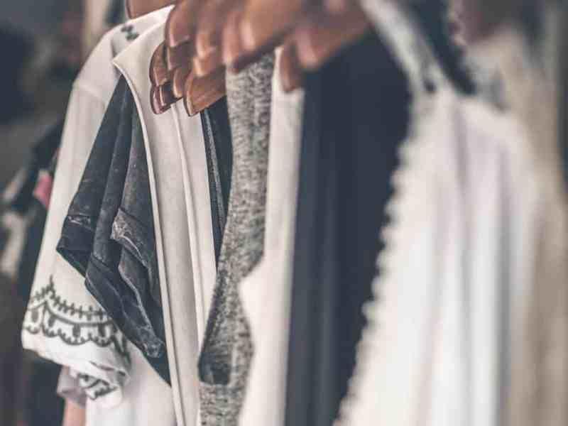 declutter your bedroom, declutter your closet, clutter free living