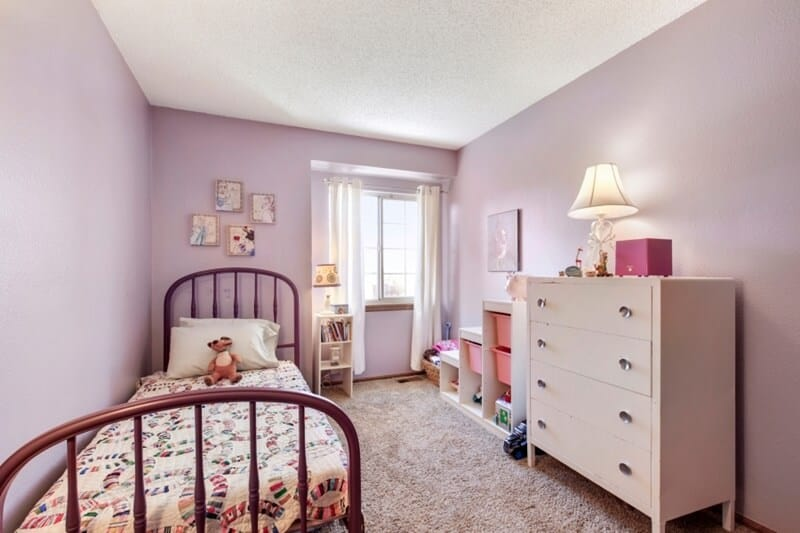 Kid's Bedroom with kid's toy storage shelves