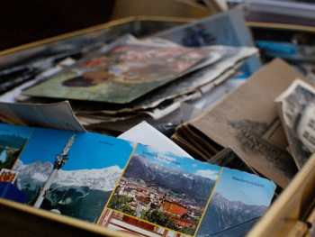 How to deal with emotions when decluttering sentimental items.