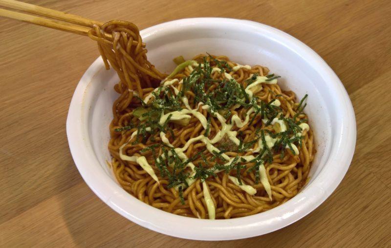 nissin_ufo-yakisoba-wasabi-mayo_bild-3