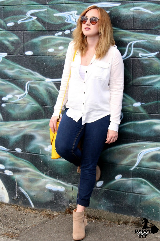 Dress up jeans and a shirt with a pop of colour.