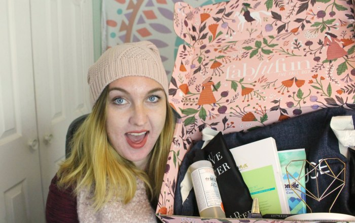FabFitFun Fall 2017 unboxing and first impressions. This isn't an in-depth review, but we can check out the items together and see what I think of them.