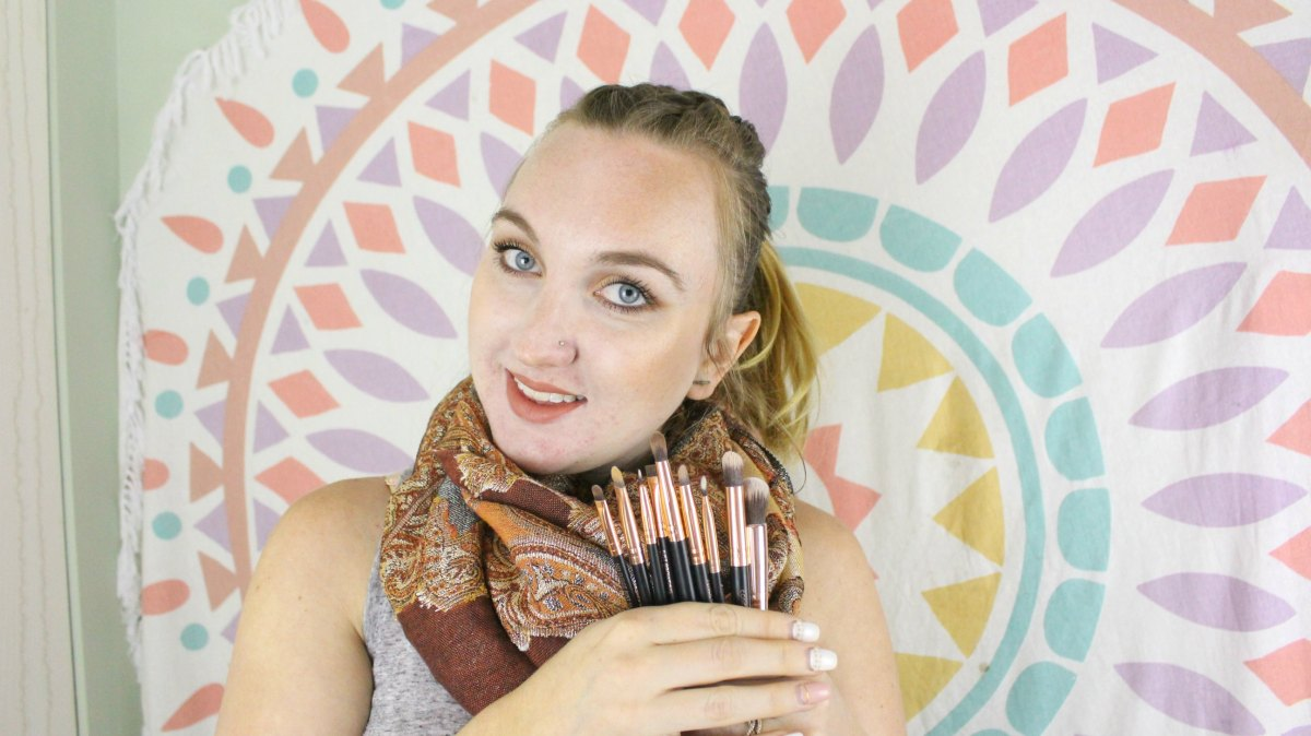 Learn how to use makeup brushes and what to look for when shopping for makeup brushes.