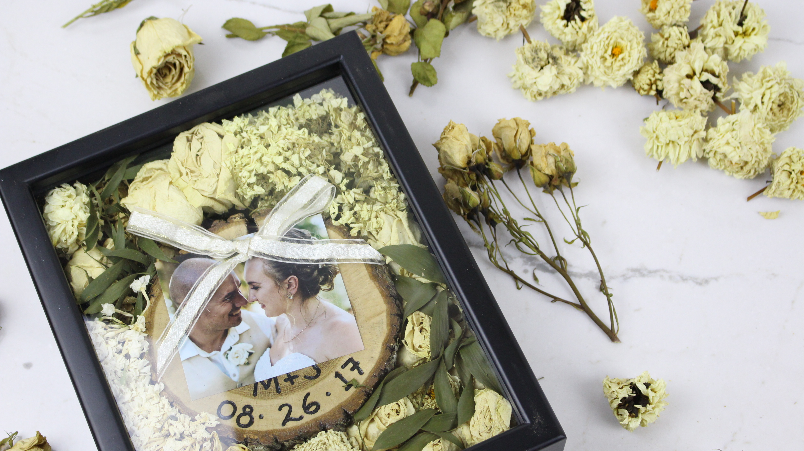 Wedding Diy How To Preserve Your Wedding Bouquet In A Shadow Box