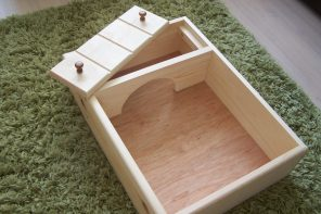 Tortoise table hatchling box | UK captive bred tortoises and craftsman made wooden tortoise tables for sale