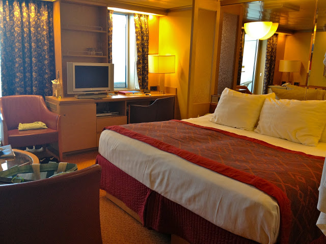 Superior suite on the Holland America Noordam