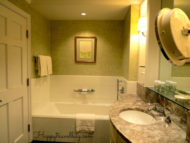 Bathtub in our Greenbrier hotel room