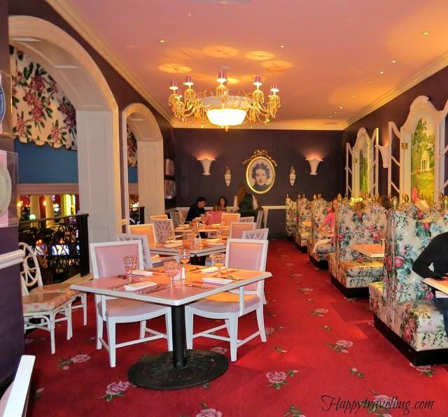 Interior decor of Drapers Restaurant