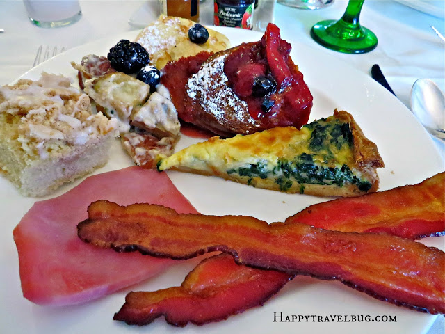 lots of great food from the breakfast buffet