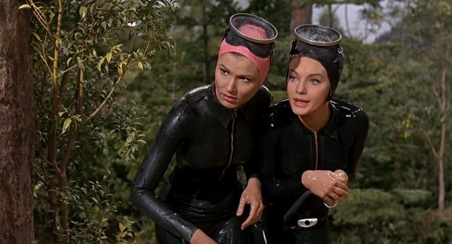 Paula Prentiss & Maria Peschy - Man's Favorite Sport - 1964