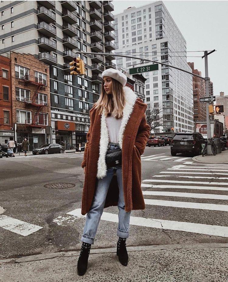 abrigo marron outfit invierno 2020