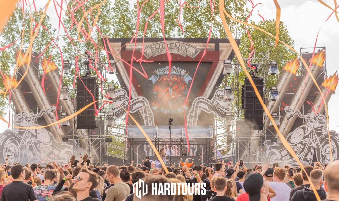 Photo by https://www.hardtours.de/gallery/view/2195/Phoenix_Outdoor_Festival_2019