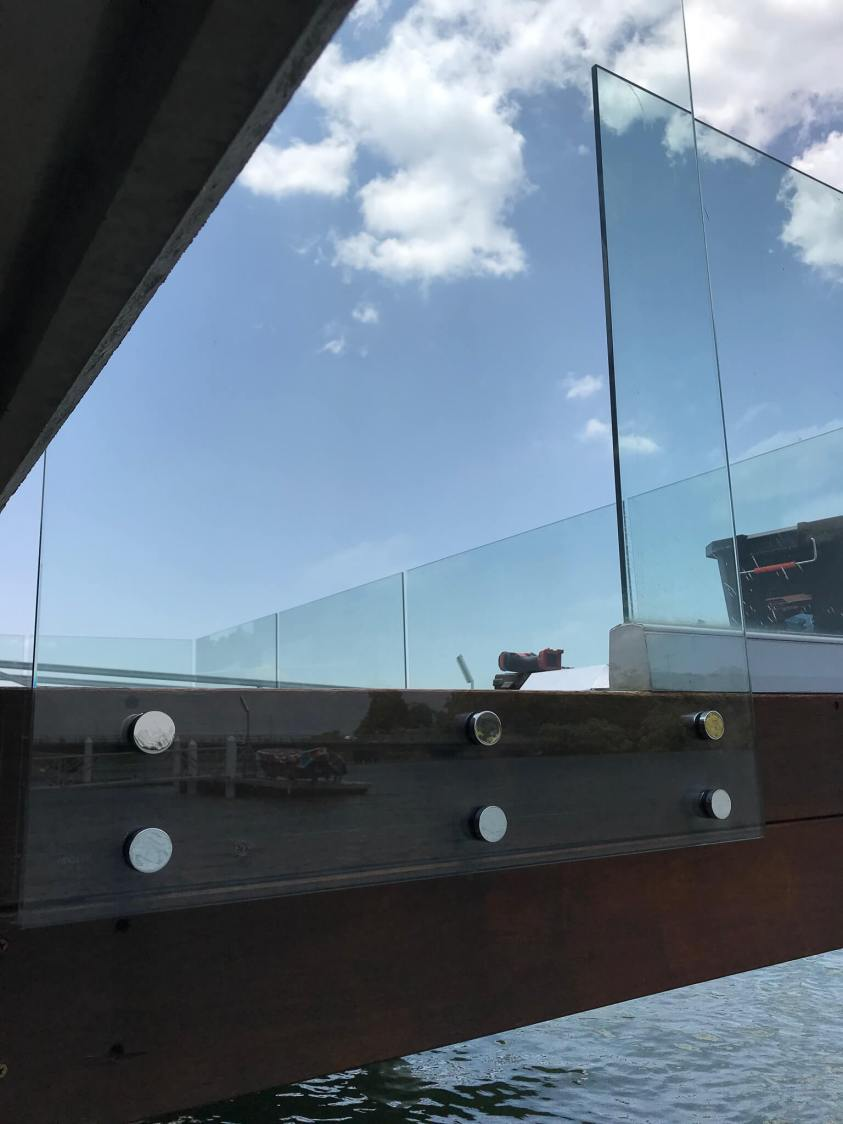 Pin fixed glass pool fencing