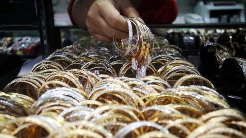harga emas diramal loncat 30 persen