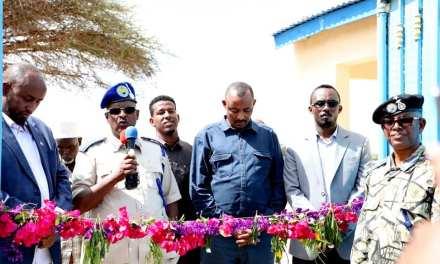 Taliyaha Guud ee Ciidamada Police-ka Somaliland, oo Xadhiga Ka Jaray  Saldhig Pooliis Oo..