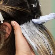 Cara Bleaching Rambut