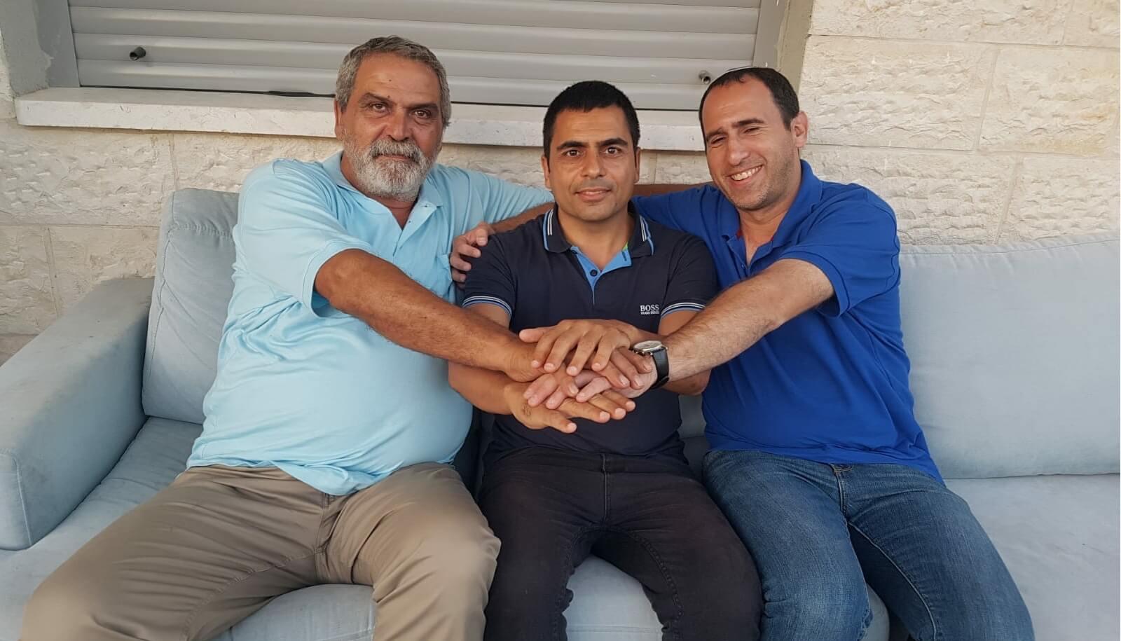 איחוד כוחות בחריש - מוטי אדרי ואריק מויאל