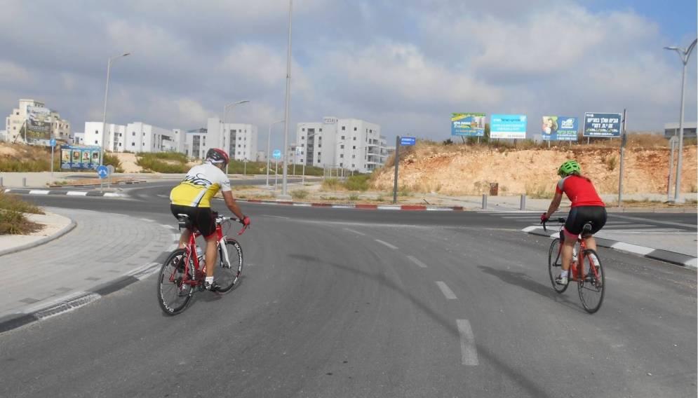 רכיבת אופניים בחריש