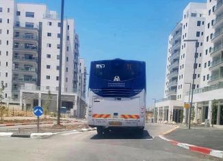 אוטובוס במעוף צילום דניאל שחר