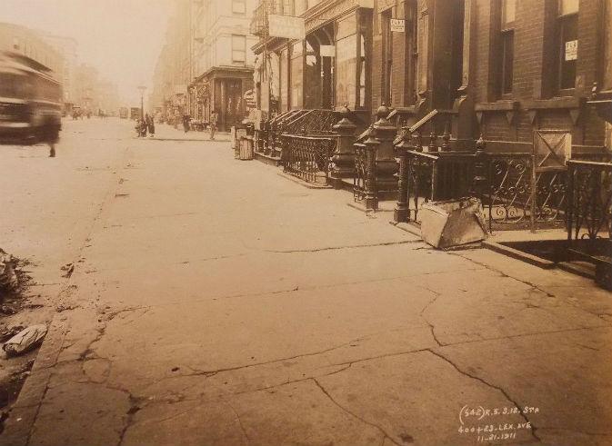 1911 PHOTO E III & Lexington HARLEM Hole SUBWAY NYC New York City