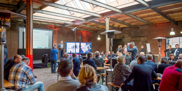 Motie Harlinger Belang uitgevoerd: gerestaureerd Entrepotgebouw feestelijk geopend