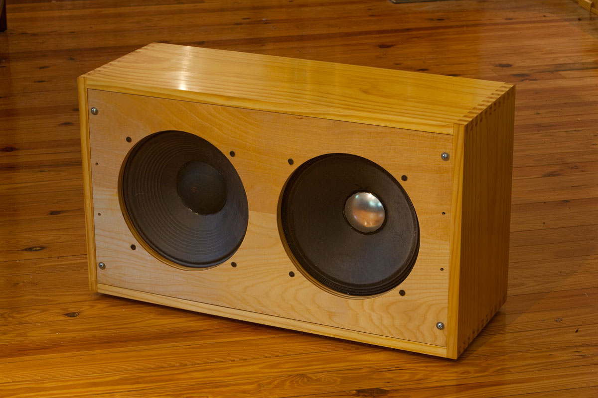 Making Your Own Guitar Speaker Cabinet | Scifihits.com