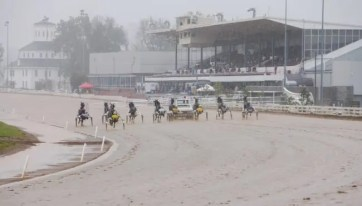 Going to the gate in the slop on Sunday at Red Mile | Dave Landry