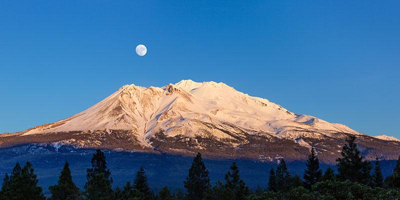 Mt Shasta Moonrise