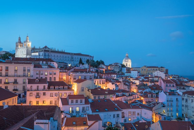 Lisboa Alfama Blue Hour