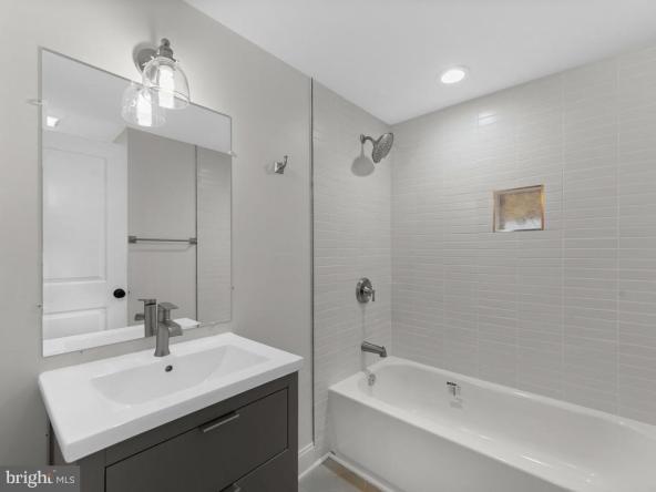 3517 Keswick Road Bathroom2